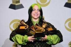 Billie Eilish hace historia una vez: Mejor nueva artista, Grabación del año, Disco del año y Canción del año.