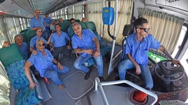 Alivio. Una postal de choferes chubutenses durante uno de los últimos paros por la falta de subsidios.