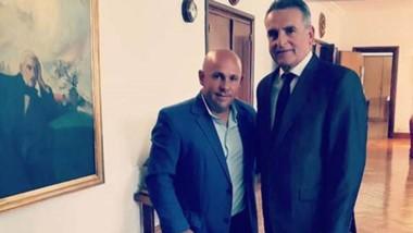 El intendente de Madryn junto al ministro de Defensa, Agustín Rossi.