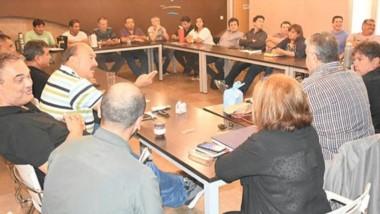 El titular de Luz y Fuerza de la Patagonia encabezó un nuevo plenario y analizó la actualidad de la provincia.