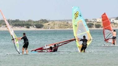 Las actividades náuticas están reguladas para poder integrarlas a las propuestas de los bañistas.