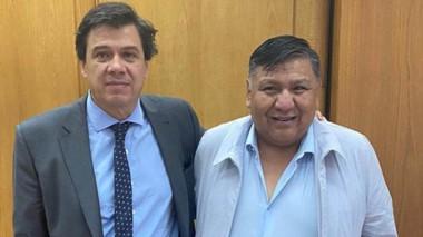 El secretario general del gremio de petroleros en Chubut junto al ministro de Trabajo de la Nación.