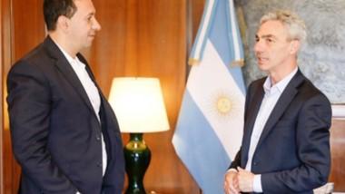 El int endente Maderna junto al ministro de Transporte Mario Meoni.