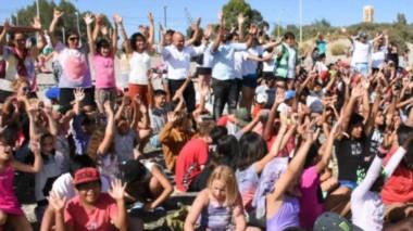 """El Intendente de la ciudad del """"Golfo"""", participó del cierre de las Colonias de  Vacaciones, donde participaron más de 3500 niños , y niñas."""