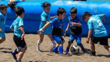 Los más chiquitos tuvieron la posibilidad de mostrarse en un torneo de fútbol infantil en modalidad beach.