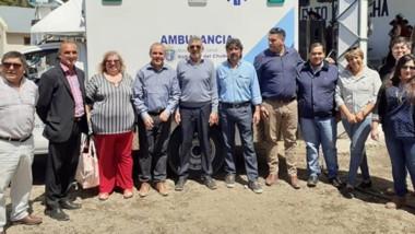 Equipamiento. El Ministerio destacó la entrega de ambulancias para equipar a los hospitales paso a paso.
