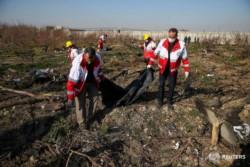 Medios iraníes confirman que no hay sobrevivientes en el siniestro del avión ucraniano. (Foto: Reuters).