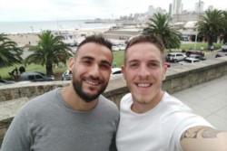 Gustavo Posat y su pareja Mariano Domínguez, fueron echados de una playa.