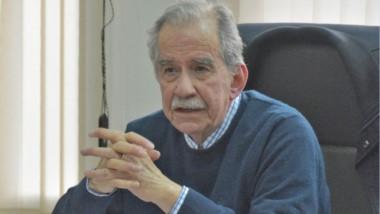 """Guillermo Gallo Mendoza abona hace décadas la idea de poner a a la tierra como """"propiedad nacional""""."""