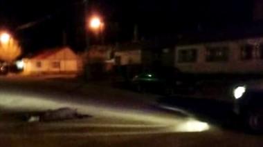 Oscar Guajardo fue apuñalado en el interior de una vivienda pero falleció cuando salió de ella. En la calle.