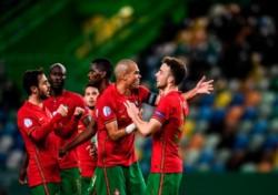 Portugal no necesitó a Cristiano Ronaldo para golear a Suecia 3 a 0.