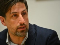 El ministro de Educación, Nicolás Trotta, afirmó hoy que se aisló preventivamente tras haber tenido contacto con el intendente de Ensenada, Mario Secco.