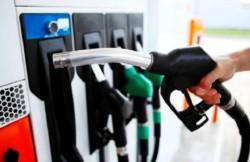 Desde la medianoche YPF aumentó las naftas en todo el país.