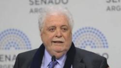 Ginés González García, sostuvo hoy que las primeras vacunas contra el coronavirus Covid-19 podrían comenzar a aplicarse el próximo mes de diciembre.