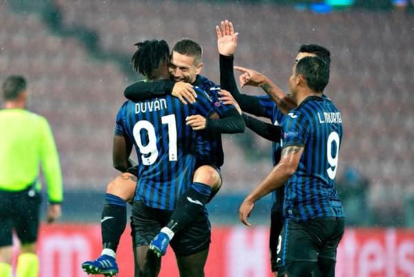 """El """"Papu"""" Gómez marcó uno de los tantos del Atalanta en la goleada 4 a 0 contra Midtjylland de Dinamarca."""
