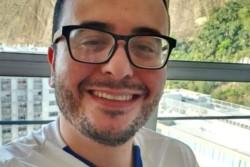 El médico João Pedro Feitosa falleció por complicaciones de COVID-19.