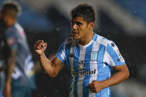 El paraguayo Melgarejo anotó su primer gol con la camiseta de Racing.