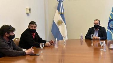 Encuentro entre el ministro Grazzini y las empresas del transporte.