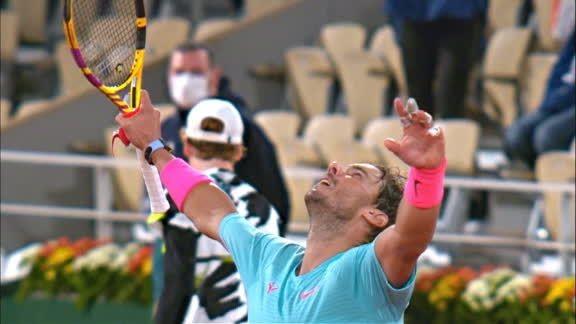 En un partido histórico, Nadal le ganó a Sinner y jugará la semifinal el viernes ante Schwartzman