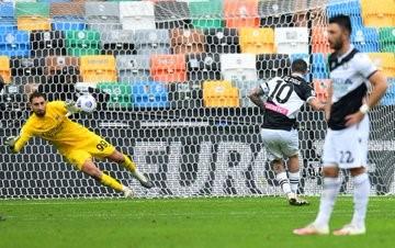 El argentino De Paul, de penal, anotó en la derrota de Udinese.