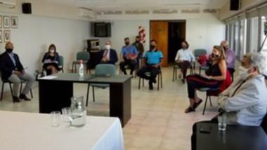 El Procurador General Jorge Miquelarena con productores rurales