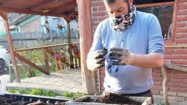 El emprendedor bolsonés ya vende su abono en todo el corredor andino.