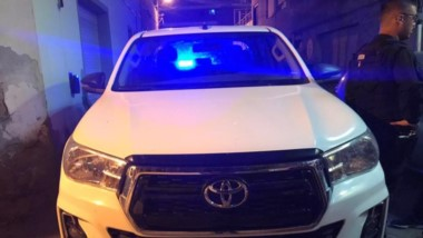 El violento individuo fue aprehendido y su camioneta fue secuestrada.