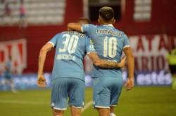 Con goles de Janson y Tarragona, el Fortín venció a Huracán 2-1.