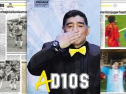 Diego en diciembre de 2007 en Comodoro, saludado por el empresario Jorge Aidar Bestene, entonces propietario de Jornada.