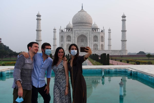 El glamour que suelen llevar las imágenes más turísticas del subcontinente están un poco empañadas.