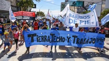 Se movilizaron las organizaciones Barrios de Pie y Darío Santillán.
