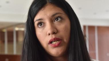 La diputada provincial recibió una amenaza por parte de grupos antimineros en su propia vivienda de Trelew.