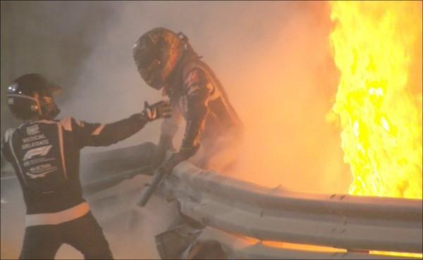 Leves quemaduras en las manos y en los tobillos fueron las consecuencias que sufrió Romain Grosjean.