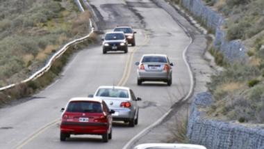 Varios concejales de Rada Tilly indicaron que no hay circulación en el Camino Perón hace tres años.