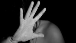 La víctima agredió a golpes a su mujer, lo que generó que el hijo de Laura, de 15 años ahorcara al hombre. (Archivo)