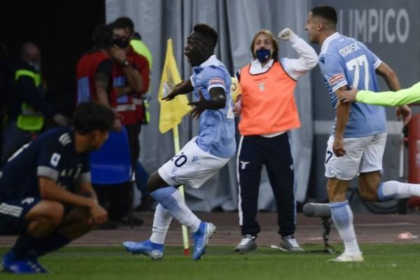 Sobre el final, tras una gran jugada de Joaquín Correa que habilitó a Caicedo, Lazio logró el empate agónico.