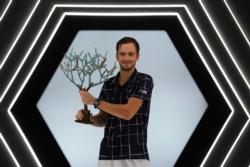 Medvedev se quitó la espina y logró su primer título de este año especial.