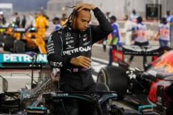 Tras el título en Bahrein, Lewis Hamilton dio positivo de coronavirus.