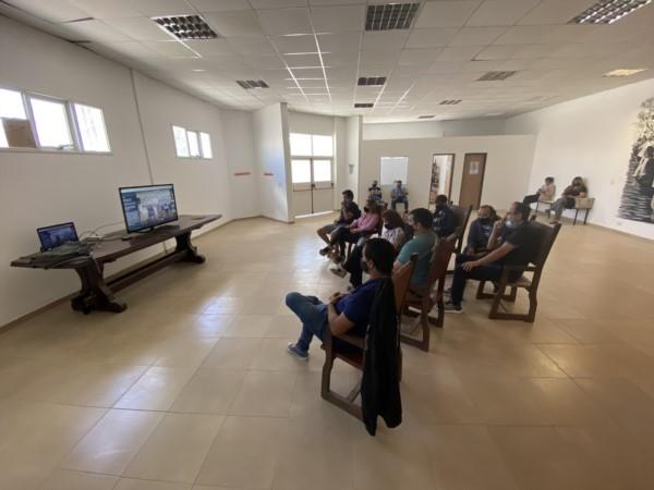 El Congreso virtual. Militantes peronistas de Madryn durante la reunión virtual. (Foto: PJ Madryn)