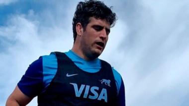 Federico Wegrzyn en una de las prácticas con Los Pumas. El chubutense espera su debut en Argentina en 2021.