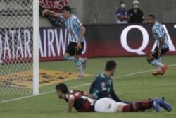Racingf festejó a los grande y ahora espera por Boca o Inter de Porto Alegre.
