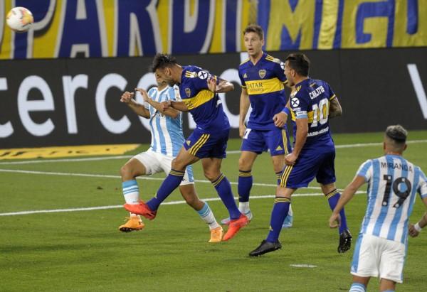 Salvio se elevó en el área de Racing y anotó el ansiado 1-0 para cortar con su sequía en la Libertadores.