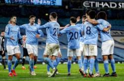 Manchester City derrotó al Newcastle y escaló al quinto lugar de la Premier League.
