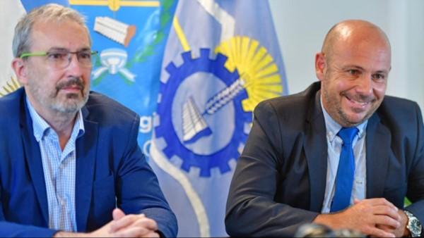 Sastre, a cargo del Ejecutivo, junto al ministro de Salud Puratich ayer durante la videoconferencia.