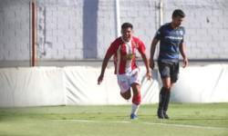 Barracas Central ganó y continúa ilusionado con ascender a Primera.