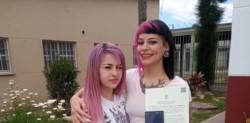 Recién casadas. Camila H. y Camila P. se convirtieron en la primera pareja de mujeres en contraer matrimonio dentro del penal.
