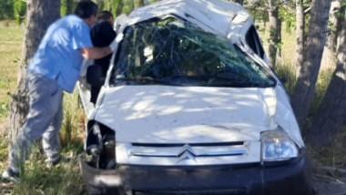 El accidente derivó que los ancianos fueron derivados al hospital