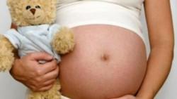 En el noroeste de Jujuy, una nena de 12 años que había sido violada dio a luz a mellizos luego de que le negaran un aborto. (Archivo)