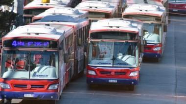 Transporte en emergencia. Con los nuevos anuncios realizados por el Gobierno Nacional y el retorno de los subsidios, Trelew podría volver a normalizar el servicio.