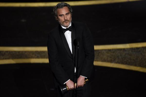 Joaquin Phoenix ganó los cinco premios más importantes de la temporada por su interpretación en Joker